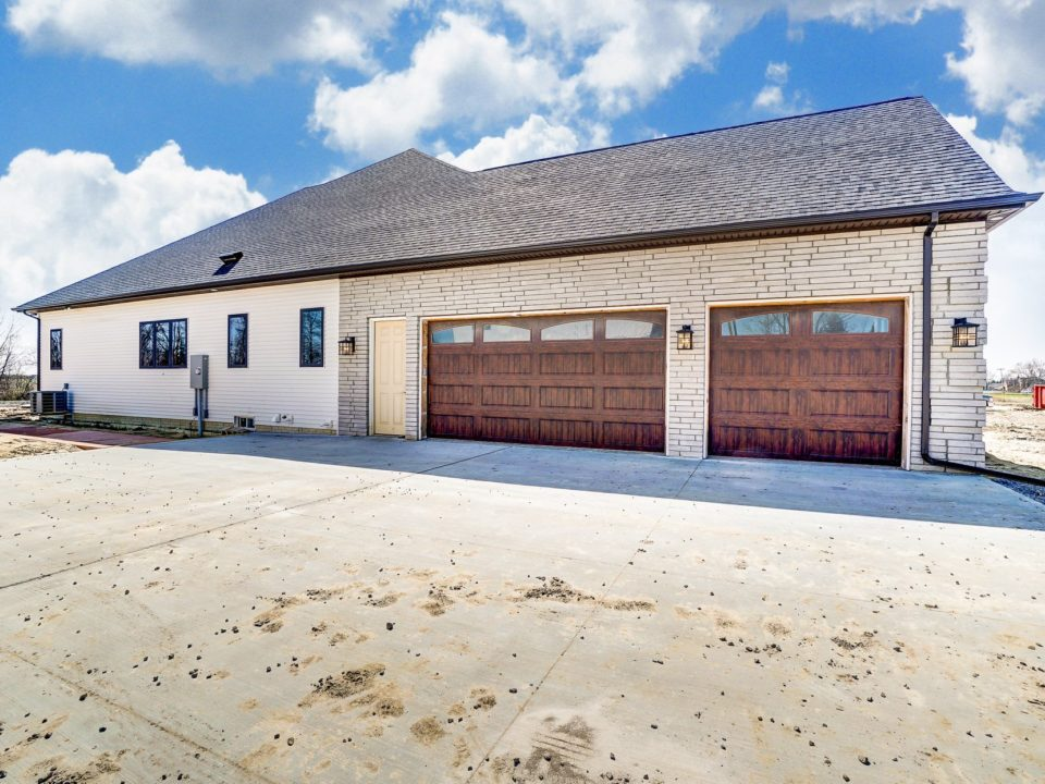 tips for ideal garage sizing - new home construction