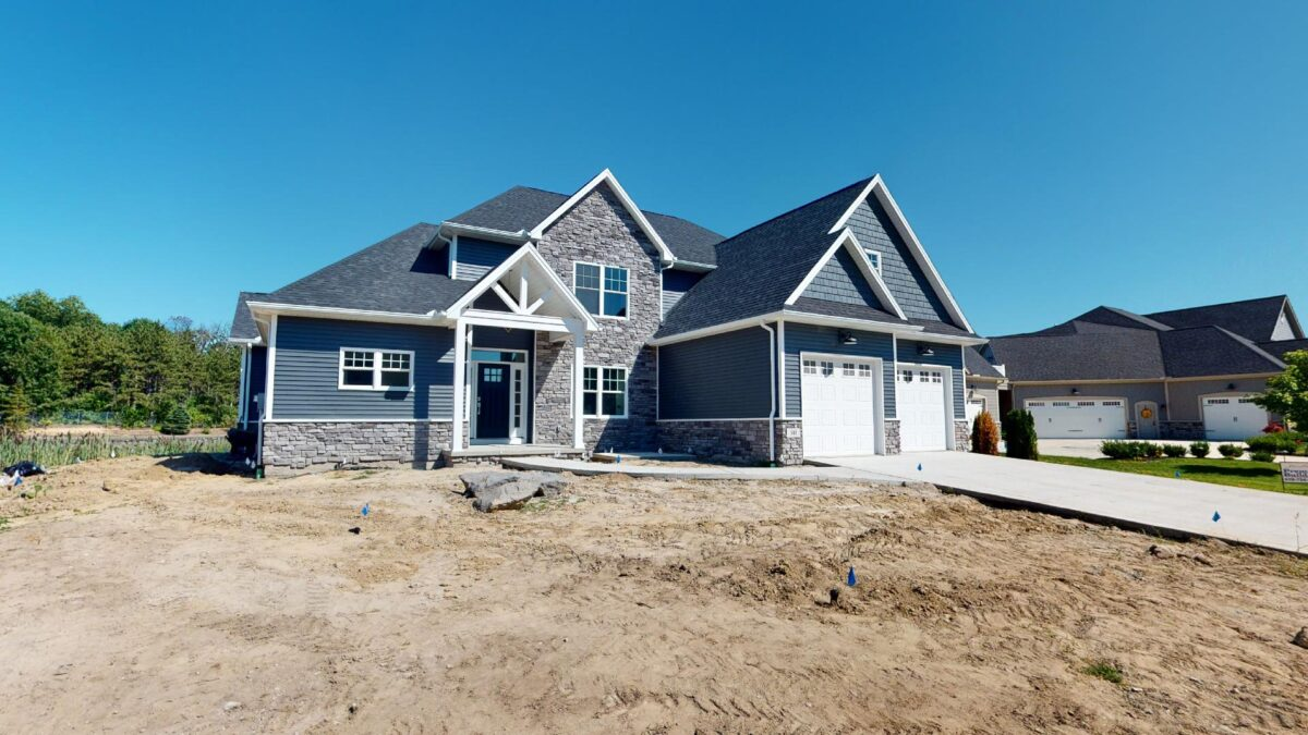 Remodel or a Custom Home Build - custom home builder - toledo ohio