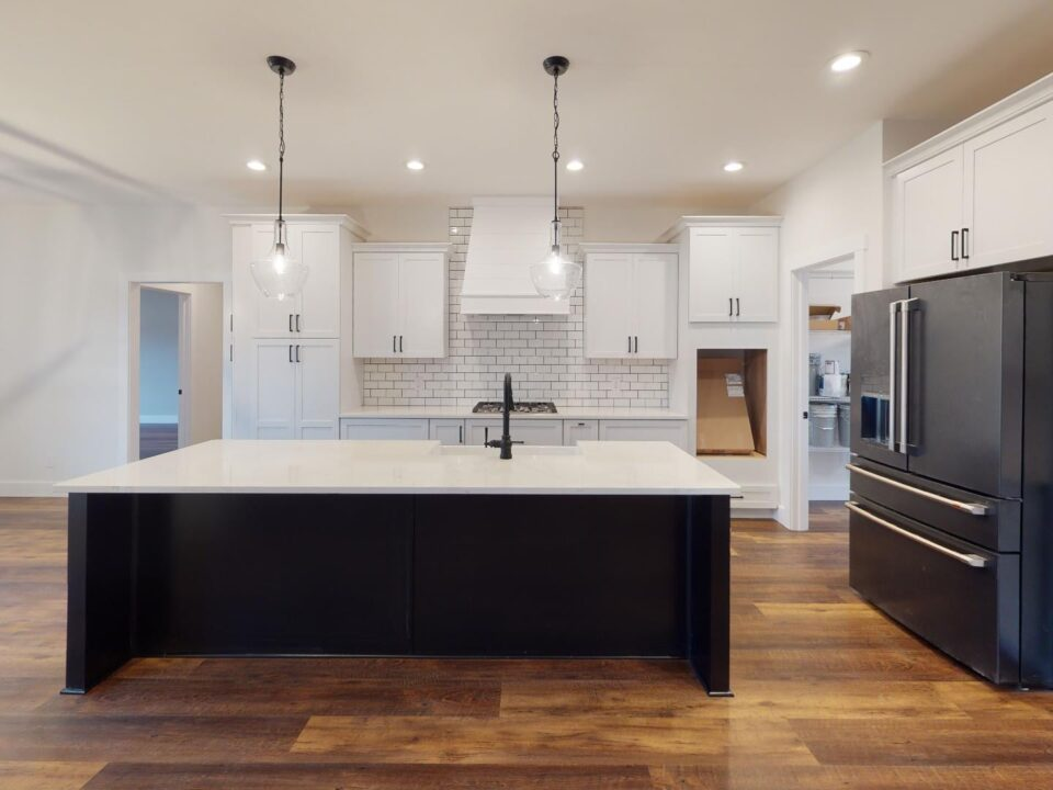 why starting your custo home build in spring is a good idea. click for more.